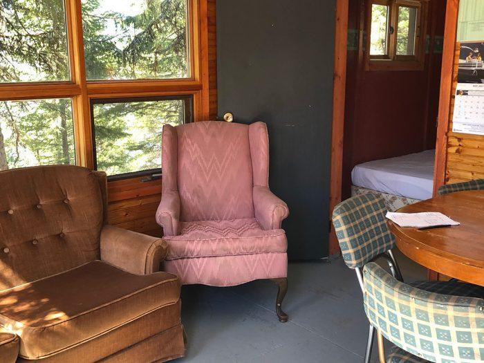 Cabin 4 Sitting Area