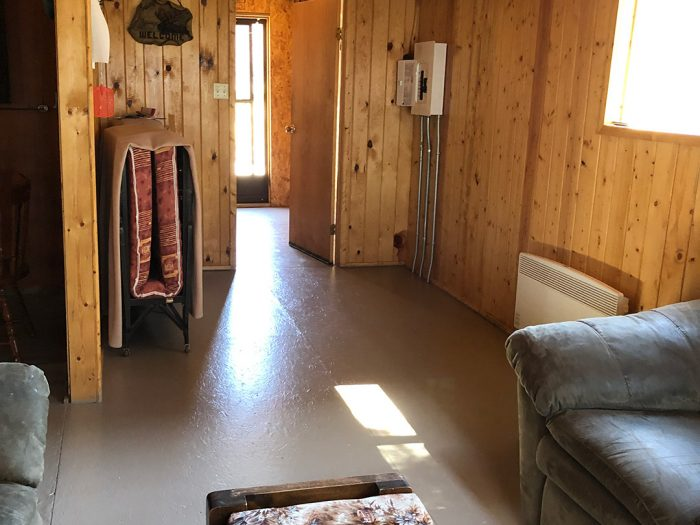 Cabin 5 Hallway