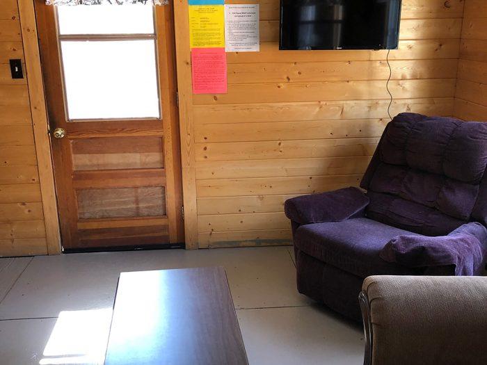 Cabin 8 Entry Way