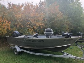 Lund Outfitter Boat Side Profile