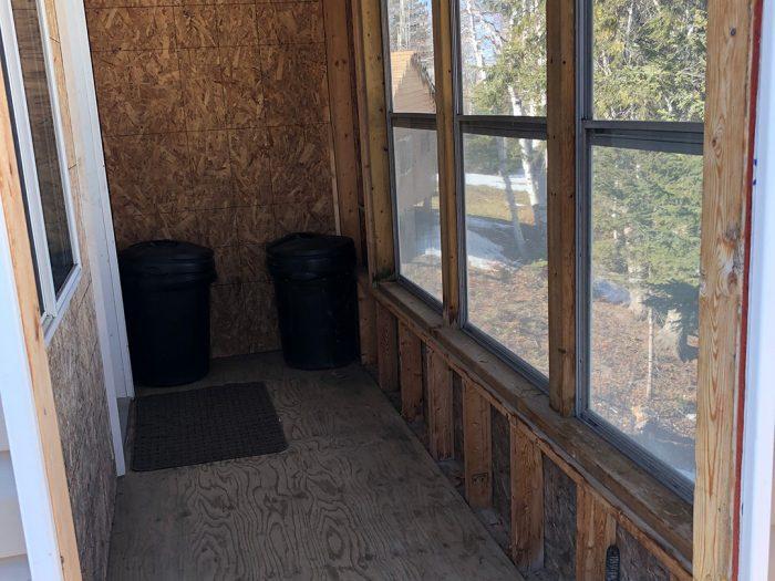Cabin 2 Porch