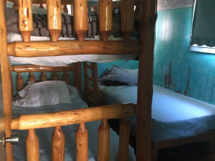 Cabin 6 Bedroom Bunk Beds