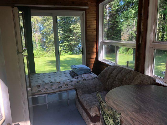 Cabin 6 Cot Kitchen